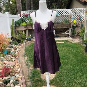 ADONNA Purple/Lace Nightgown Size Large NWT